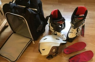 Best Ski Boot Bag Reviews & Buying Guide